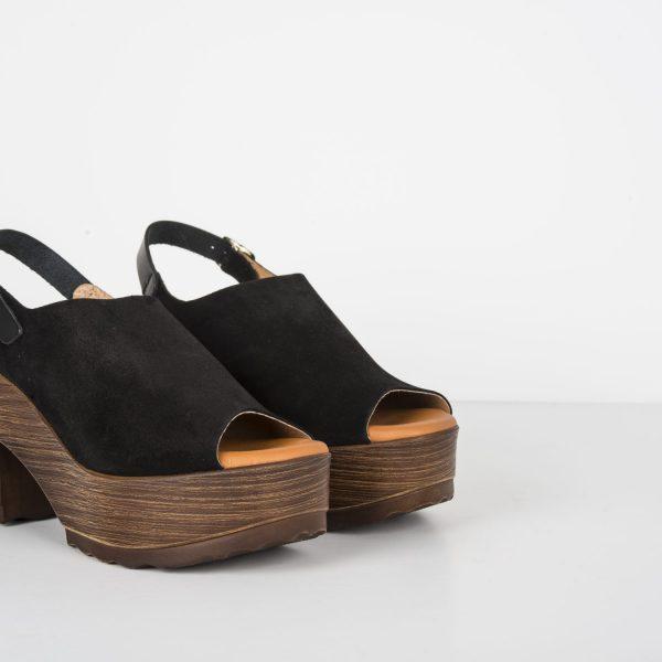 Sandalia Wood Tipo Zueco Negro